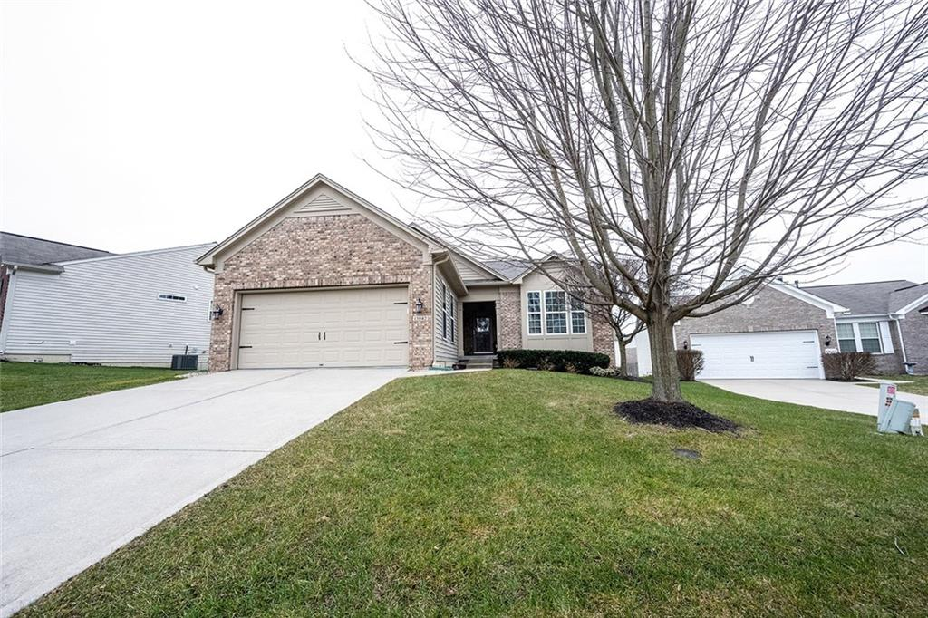 13042 Ratliff Run, Fishers, IN 46037 image #1