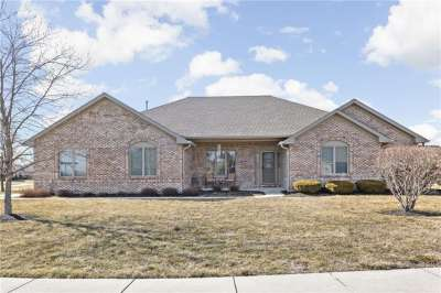 1872 W Holiday Pines Drive, Brownsburg, IN 46112