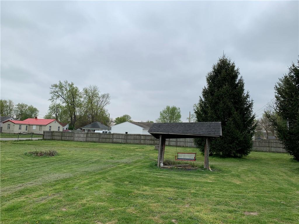 859 E Gray Street, Martinsville, IN 46151 image #2