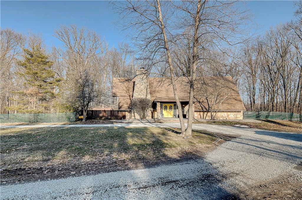 8786 S State Road 13 Pendleton, IN 46064