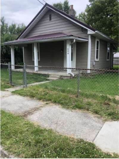 604 W 10th Street, Muncie, IN 47302