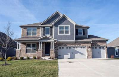 4334 N Gallop Court, Bargersville, IN 46106
