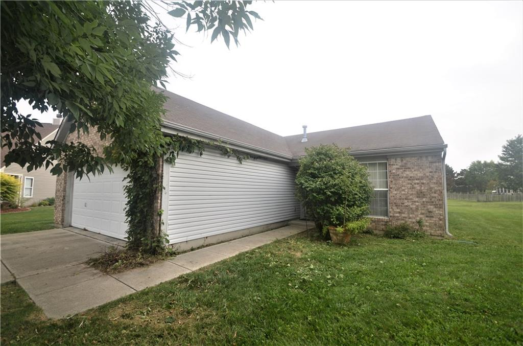 2141 S Forrester Court, Greenwood, IN 46143 image #1