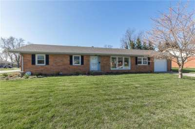 1421 N Miami Court, Plainfield, IN 46168