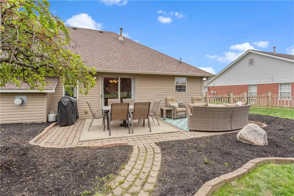 4902 W Stonehaven Lane, New Palestine, IN 46163 image #6