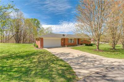 1201 W Deer Run, Martinsville, IN 46151