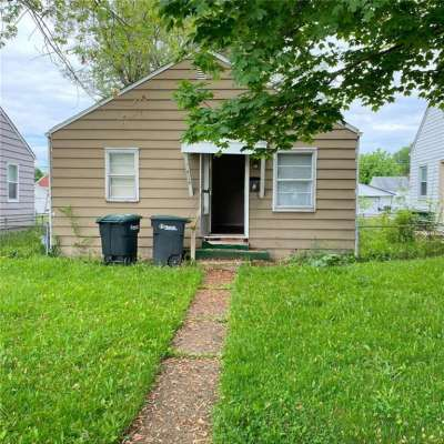2115 S Beacon Street, Muncie, IN 47302