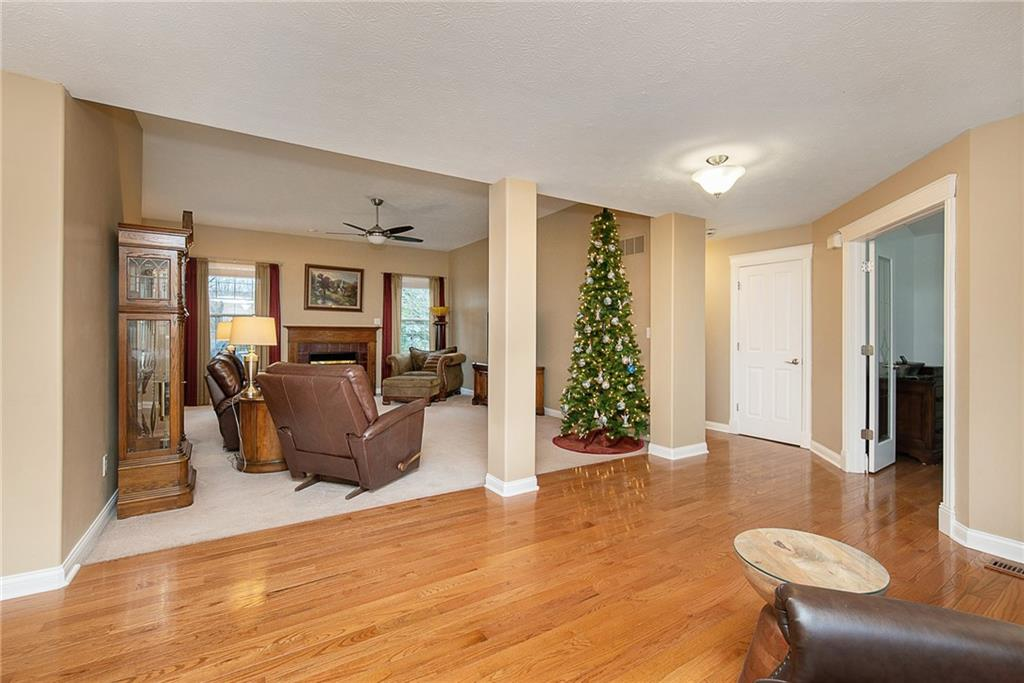 11306 N Rainbow Falls Lane, Fishers, IN 46037 image #3