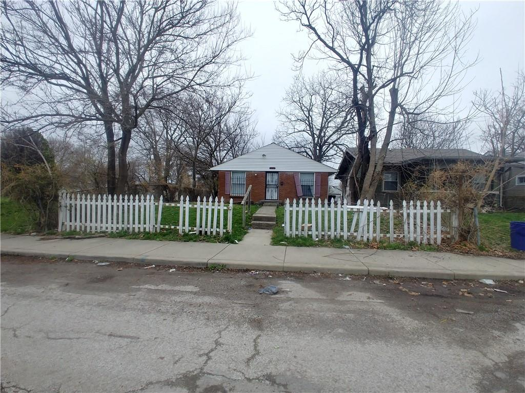 2616 E 17th Street, Indianapolis, IN 46218 image #0