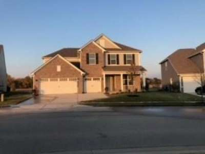 6438 Meadowview Drive, Whitestown, IN 46075