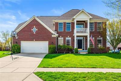 8208 W Fairway Drive, Brownsburg, IN 46112