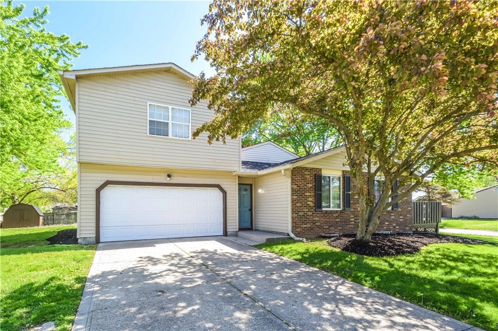 804 W Moss Oak Court, Indianapolis, IN 46217 image #1