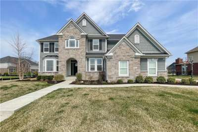 15474 N Provincial Lane, Fishers, IN 46040