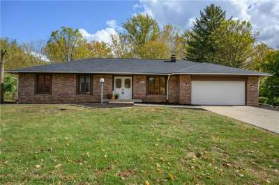 427 W Shady Lane, Greenwood, IN 46142