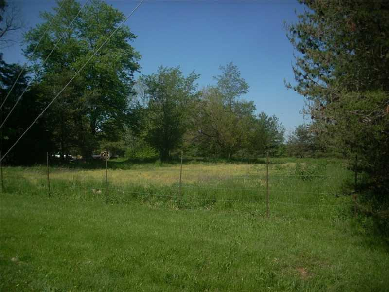 1204 N Graham Road, Greenwood, IN 46143 image #3