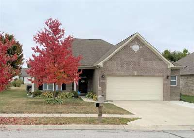 5679 W Augusta Woods Drive, Plainfield, IN 46168