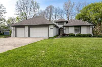 7710 Eagle Creek Overlook Drive, Indianapolis, IN 46254