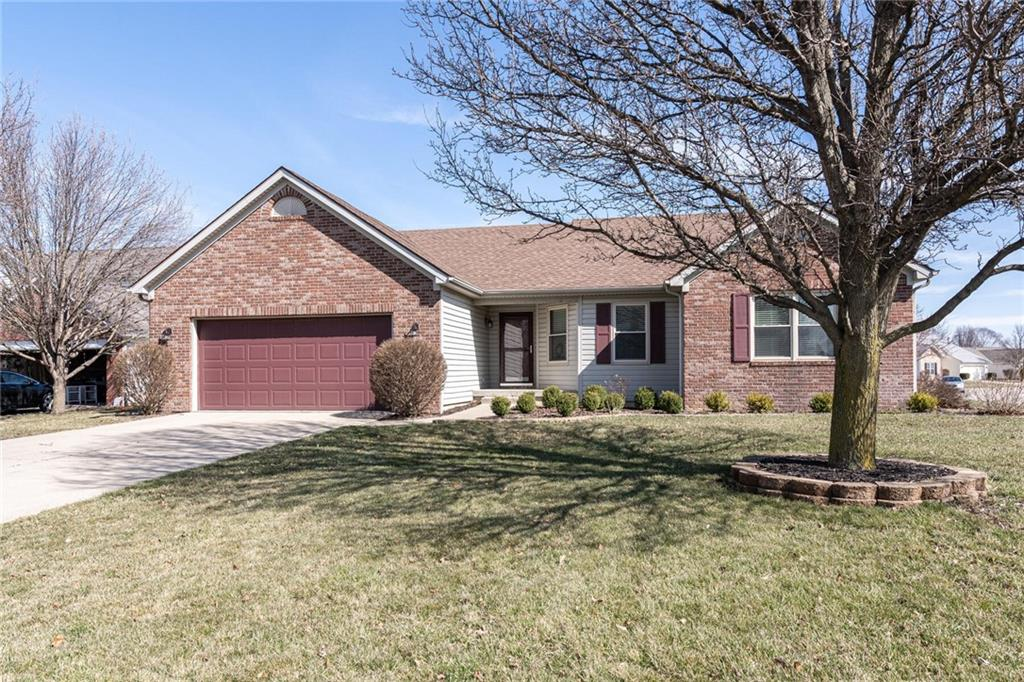 9942 E Suncoral Circle, Fishers, IN 46038 image #0