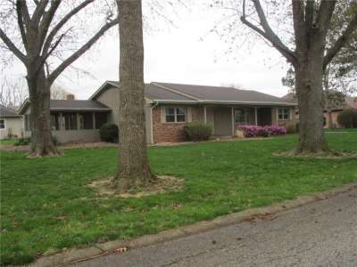 405 N Greenacres Drive, Crawfordsville, IN 47933