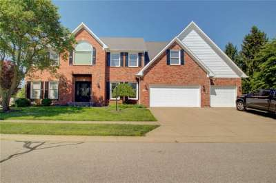 2415 N Derby Drive, Shelbyville, IN 46176