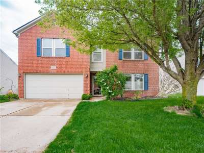 14315 E Holly Berry Circle, Fishers, IN 46038
