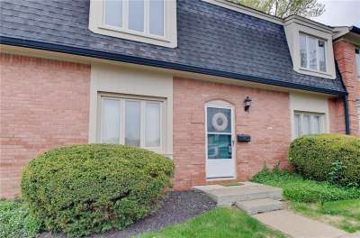 1153 N Canterbury Square, Indianapolis, IN 46260