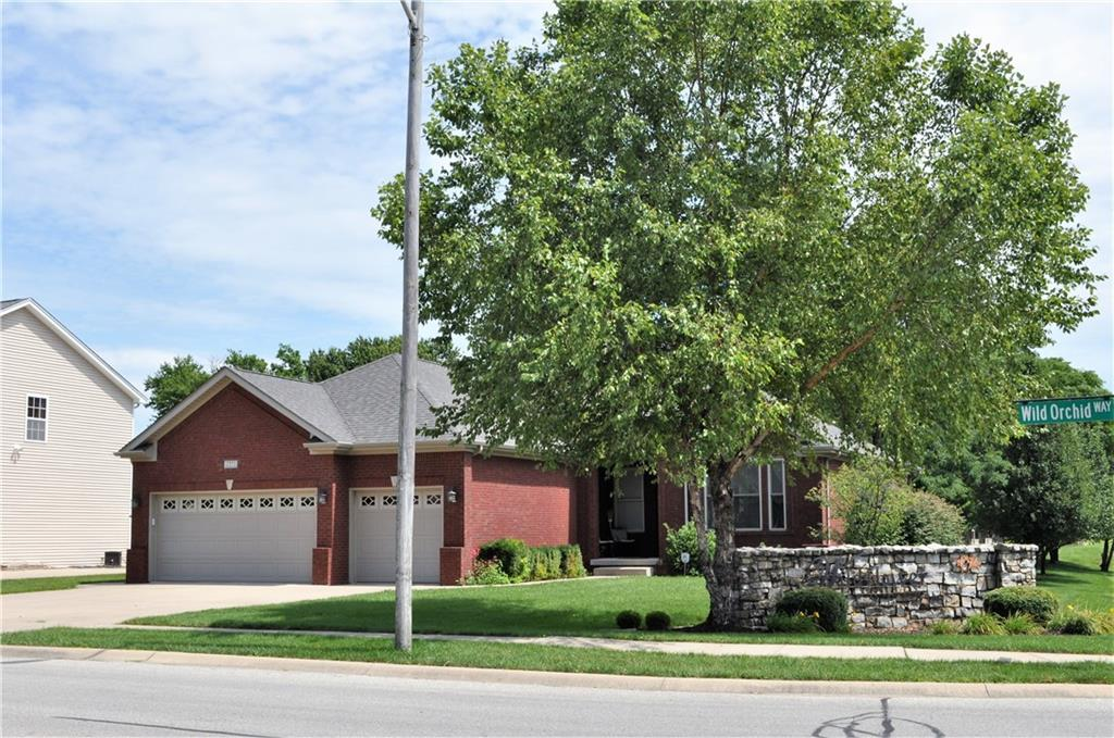 2993 N Wild Orchid Way, Columbus, IN 47201 image #30