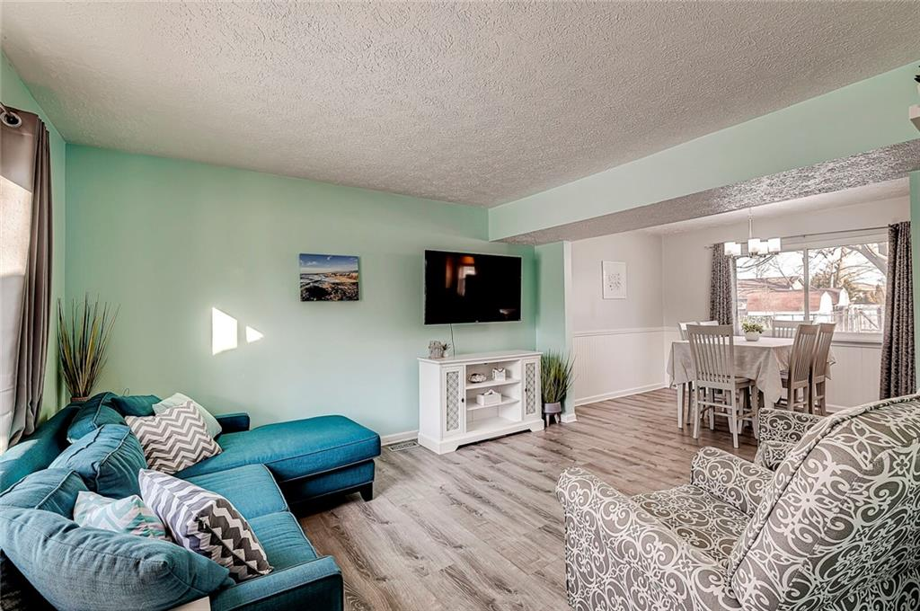 312 S Sunblest Boulevard, Fishers, IN 46038 image #3