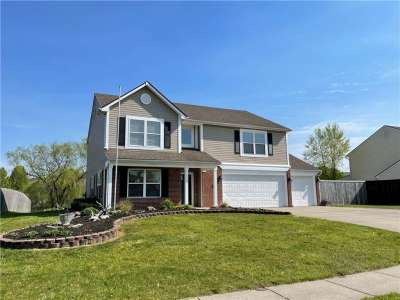 725 N Hummingbird Lane, Whiteland, IN 46184