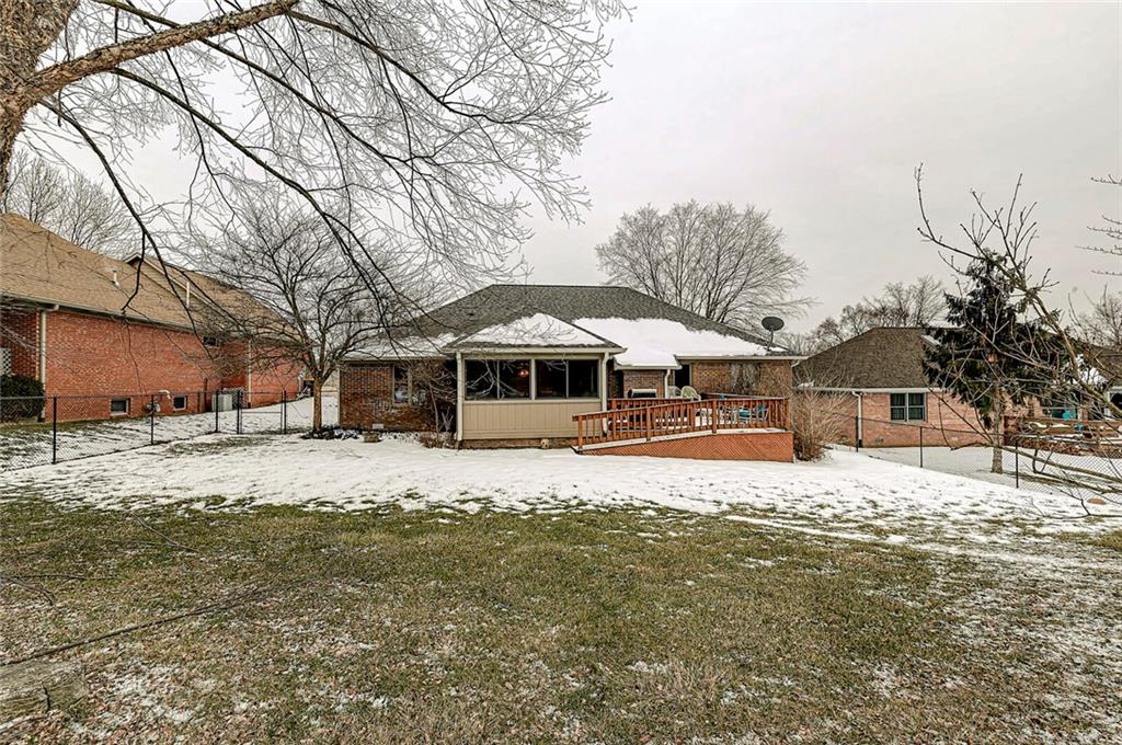 1404 W Park Meadow Drive, Beech Grove, IN 46107 image #31
