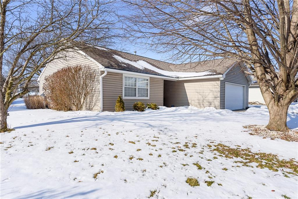 5126 N Pike View Drive, Indianapolis, IN 46268 image #1