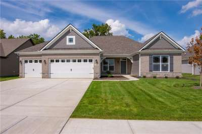 4160 Backstretch Lane, Bargersville, IN 46106