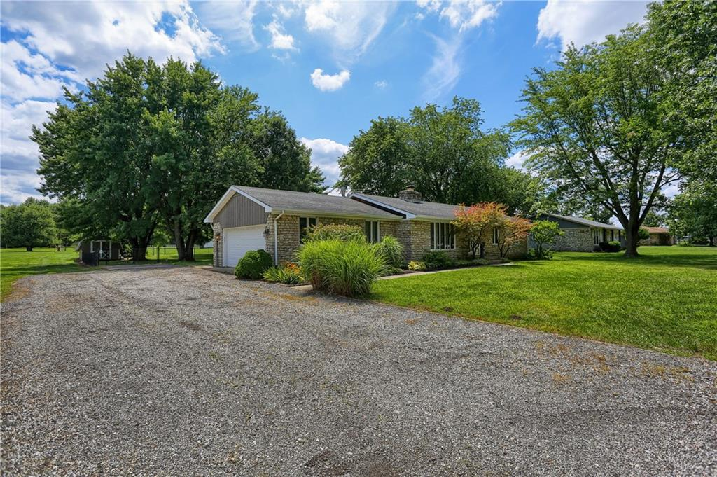 1431 W Stones Crossing Road, Greenwood, IN 46143 image #2