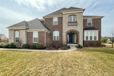 15559 N Allistair Drive, Fishers, IN 46040