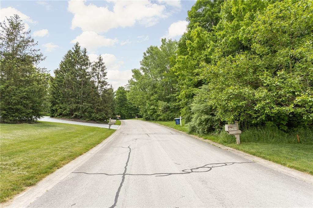 7365 N Hunt Country Lane, Zionsville, IN 46077 image #1