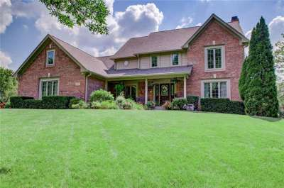 3657 S Eagle Nest Drive, Greenwood, IN 46143