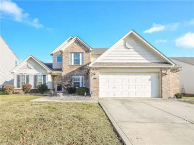 1077 W Sycamore Court, Greenwood, IN 46143