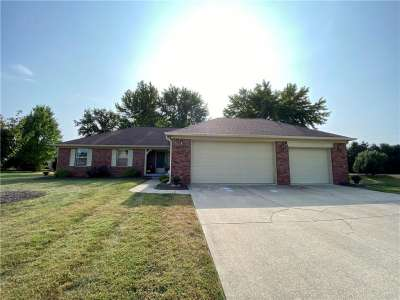 1394 N Macintosh Drive, Avon, IN 46123