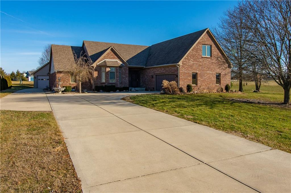 283 N Creekview Drive Franklin, IN 46131