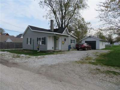 108 N Summit Street, Summitville, IN 46070