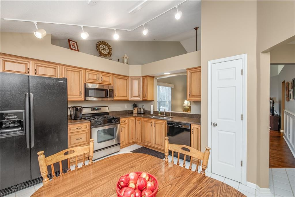 7932 E Turkel Drive, Fishers, IN 46038 image #6