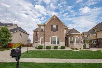 2791 W High Grove Circle, Zionsville, IN 46077