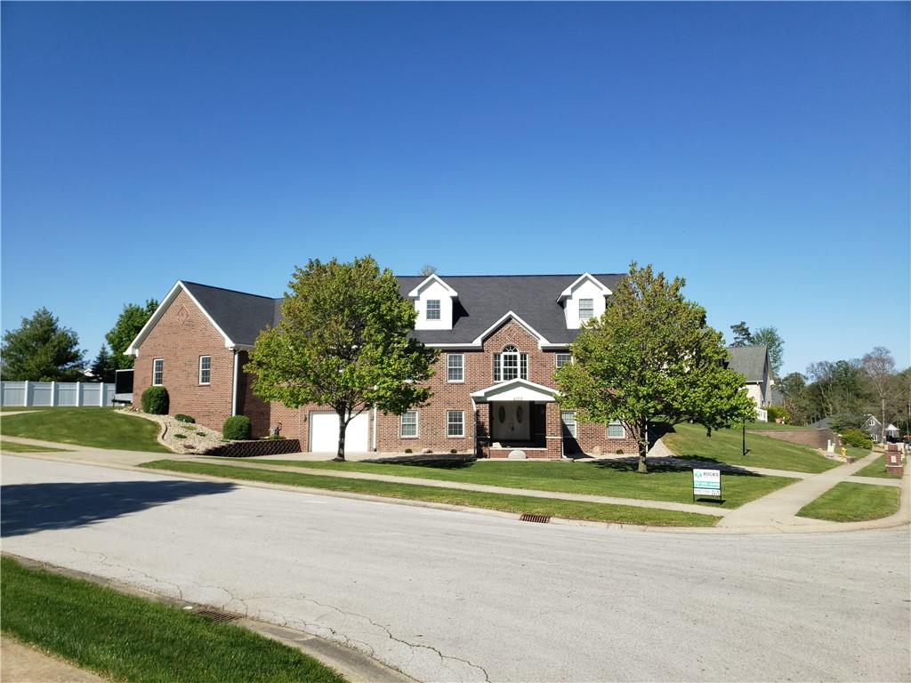 4168 N Victoria Lane Avon, IN 46123