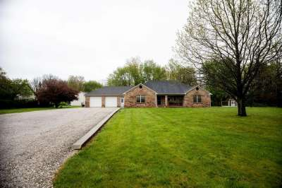 8741 S County Road 575, Mooresville, IN 46158