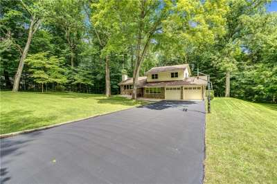 2990 E Country Club Court, Martinsville, IN 46151