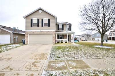 1795 E Feather Reed Lane, Greenwood, IN 46143