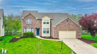 7148 S Summer Oak Drive, Noblesville, IN 46062