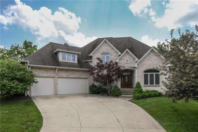 2158 S Caledonian Court, Greenwood, IN 46143