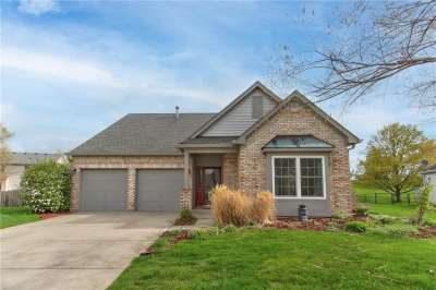 7961 W Cobblesprings Drive, Avon, IN 46123