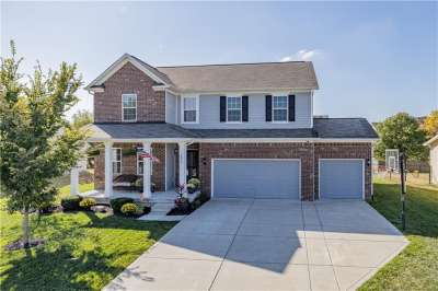 5855 W Commonview Drive, McCordsville, IN 46055